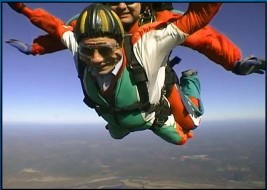 Skydiving photo of Larry LaBorde